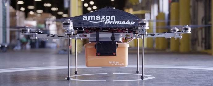 Мультикоптеры «Эмазон» начнут доставлять клиентам посылки