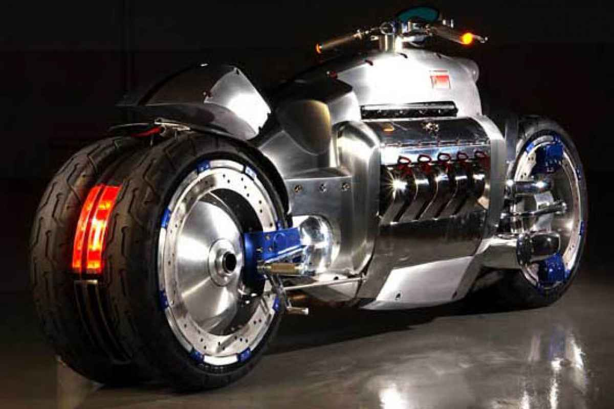 Dodge Tomahawk: прокатись с ветерком на скорости 643,6 км/ч!