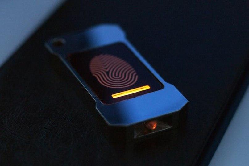 Долговечный фонарик без аккумулятора